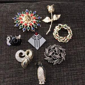 Lot of beautiful pins!